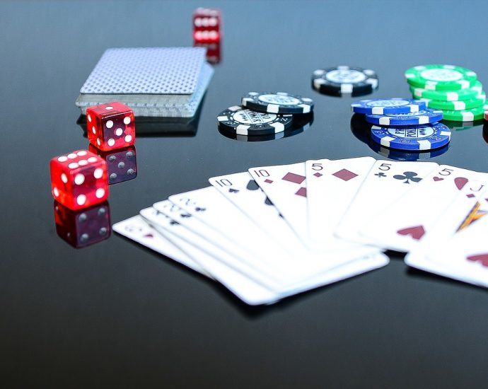 Playing Fashions Of Texas Holdem Poker - Online Gambling