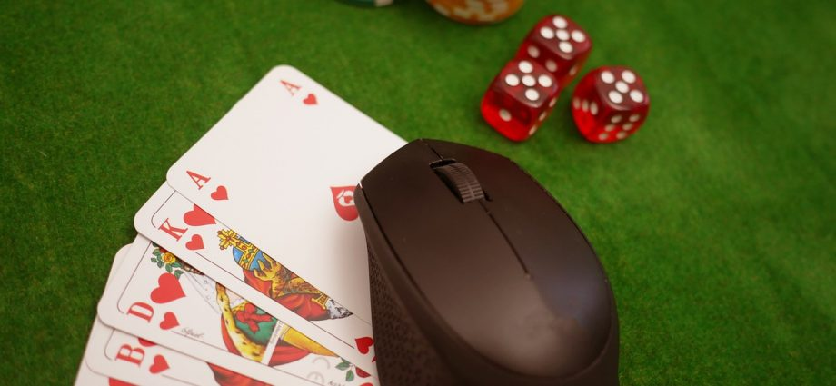 Finest Poker Skins - Online Poker Themes And Backgrounds